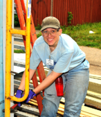 volunteer at rainbow build  house