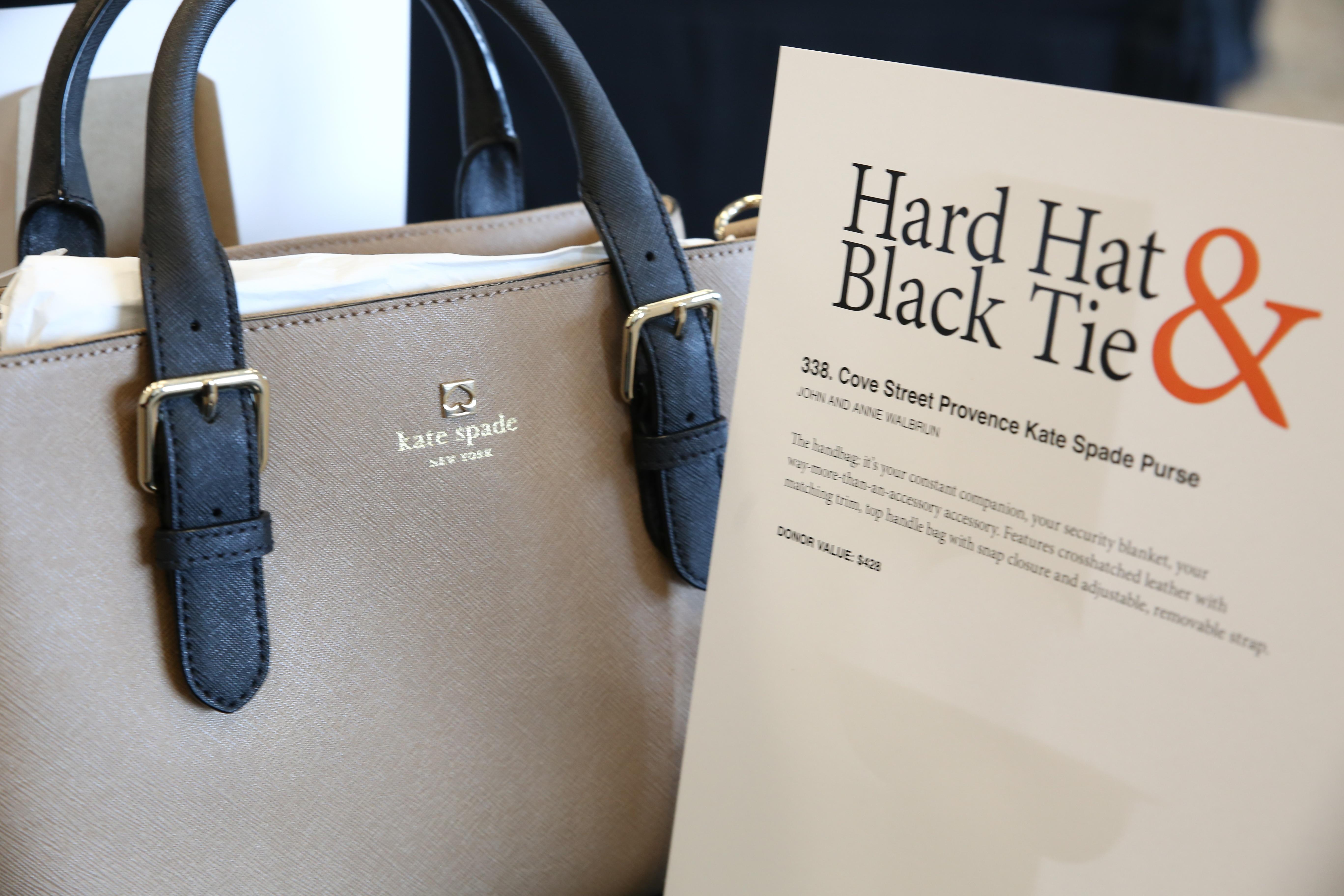 auction item purse