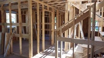 women_build_home_beams