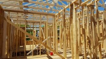 women_build_home_trusses