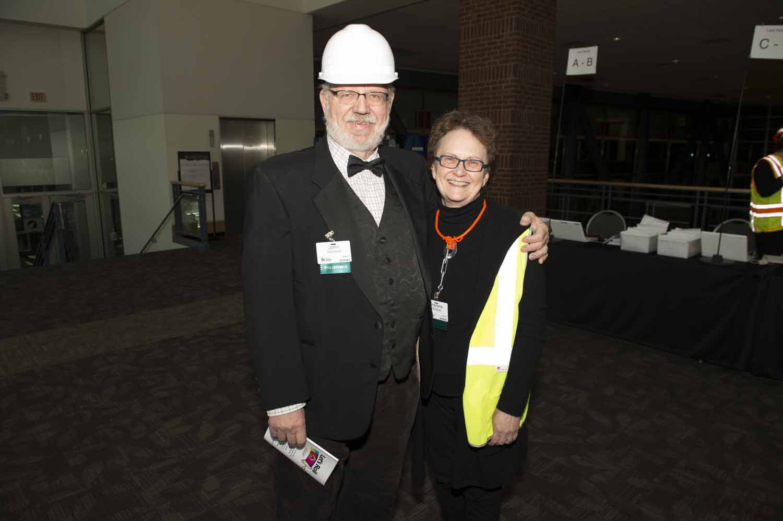 Sharlene and John volunteering at the 2016 Hard Hat & Black Tie gala.