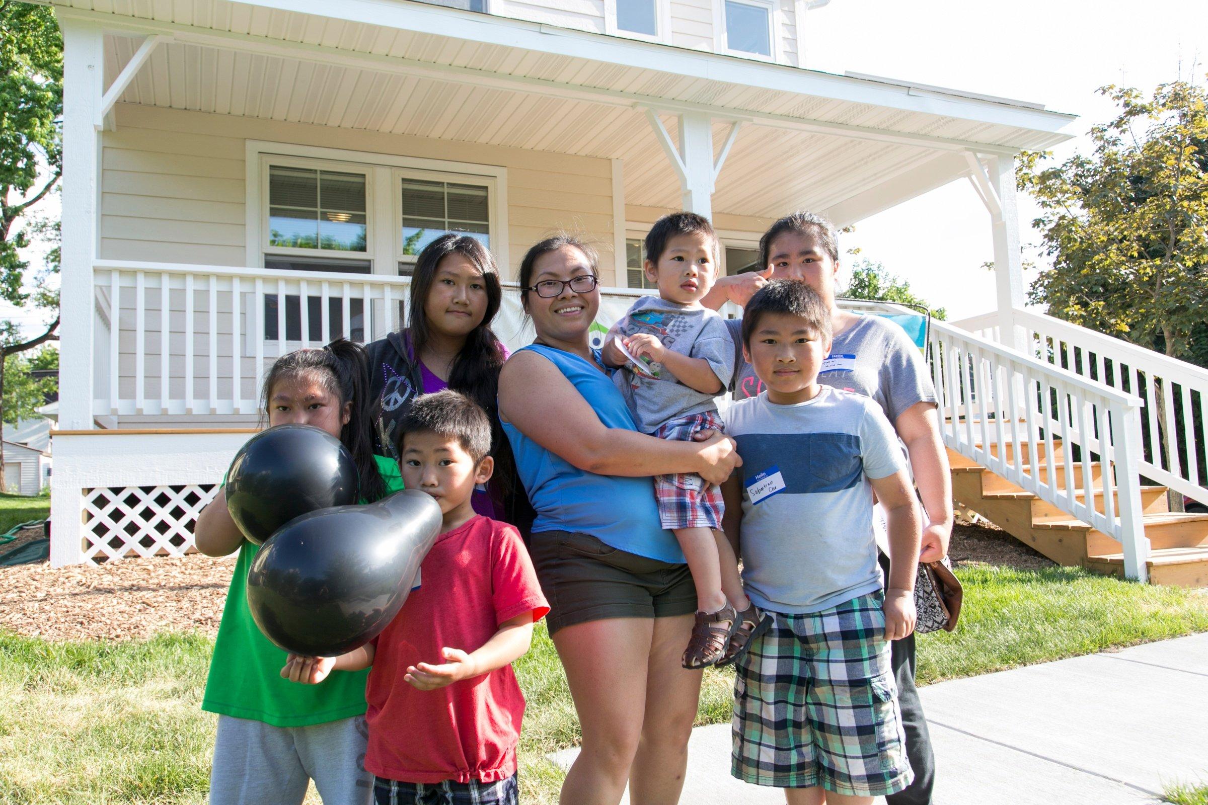 Mai's family
