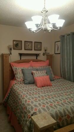tami bedroom.jpeg