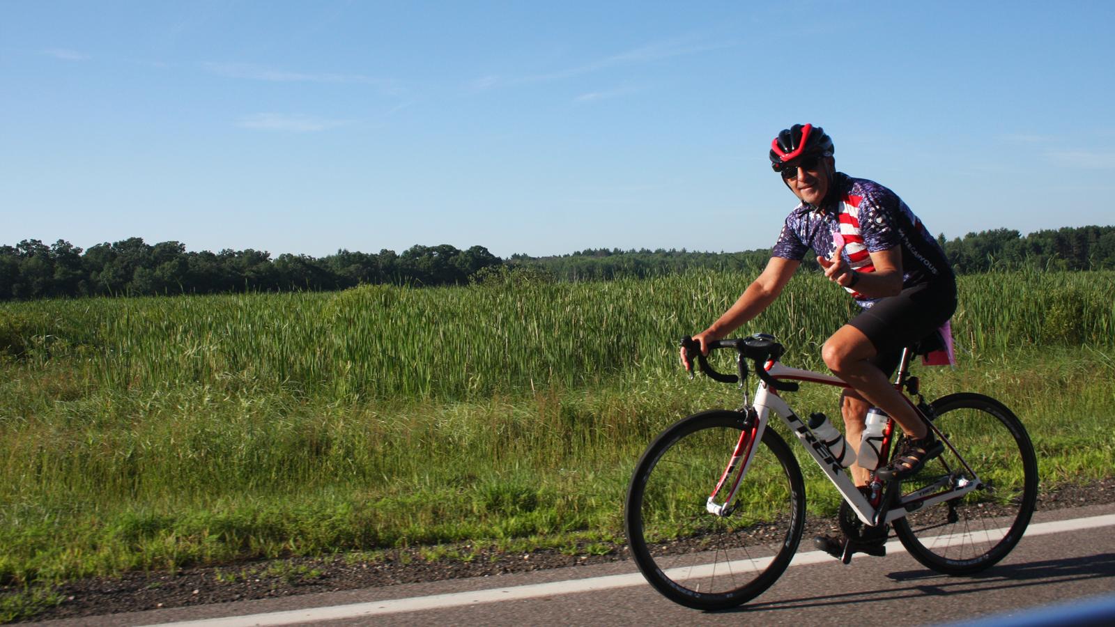 steve habitat 500 - riding strong!
