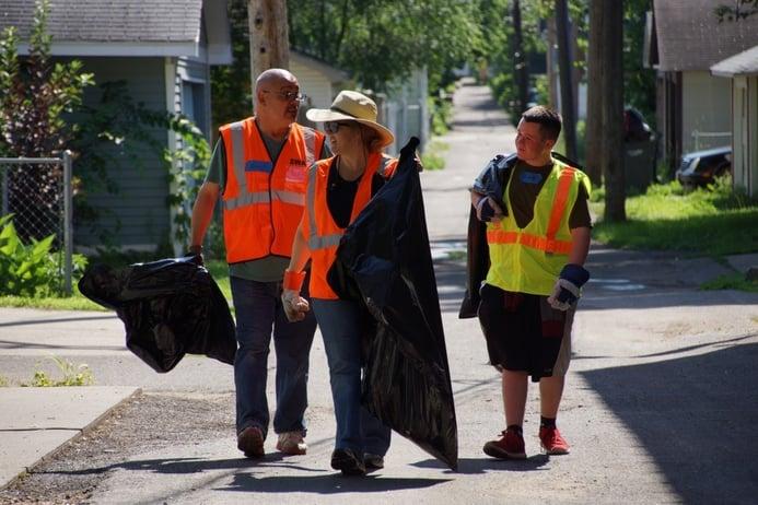 Cleanup_volunteers